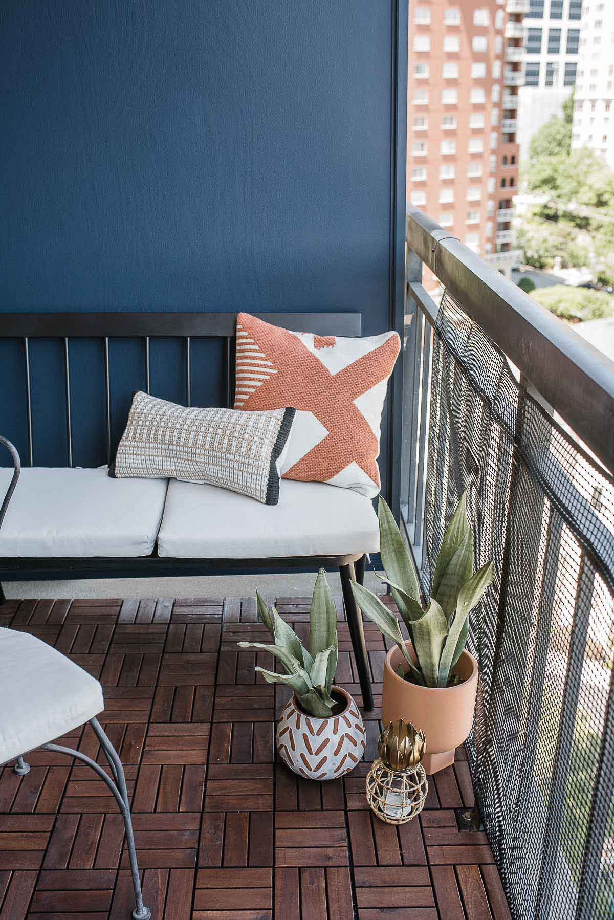 Quick And Easy Ways To Beautify Your Apartment S Balcony
