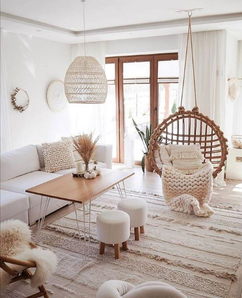 decorate the living room
